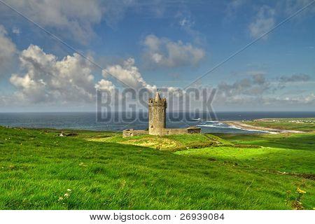 Doonagore castle in Ireland - HDR