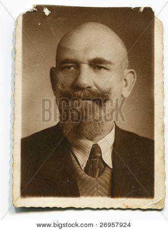 Vintage Retrato de hombre con bigote y pan (años 30)