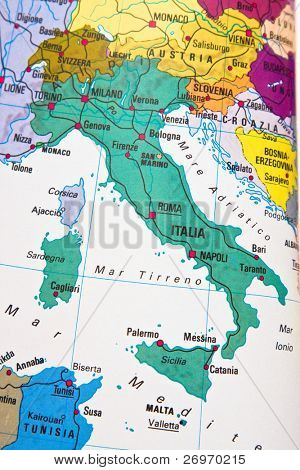 Italy geographic chart