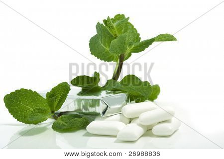 Picture of the pack of chewing gum with mint