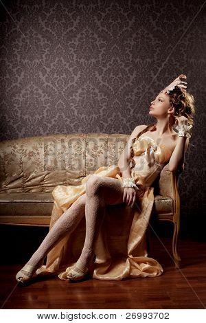 A imagem de uma menina em um luxuoso estilo vintage