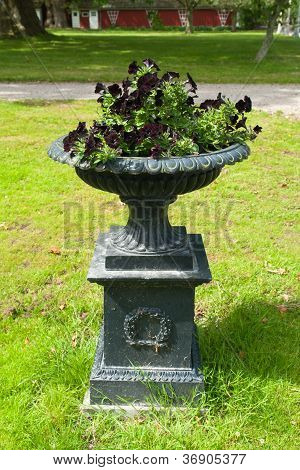 Beautiful Garden Stone Flower Planter