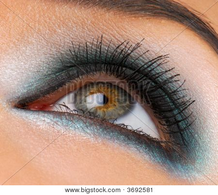 Bright Fashion Make-Up