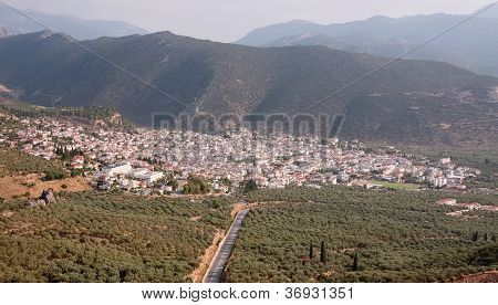 Amfissa City