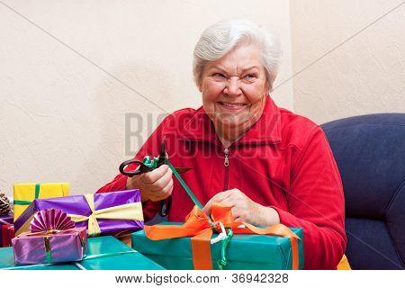 Female Senior Pack Or Unpack An Gift