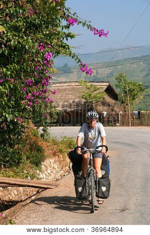 Cycling through northern Laos