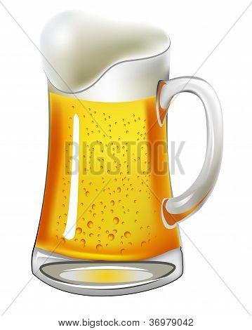 Bier mit Blase bei Glaskrug auf weiß
