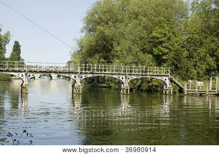 Footbridge over Thames, Maidenhead