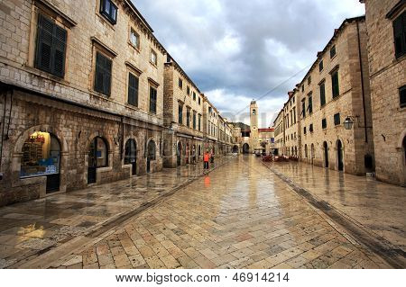 Dawn Worker - Dubrovnik