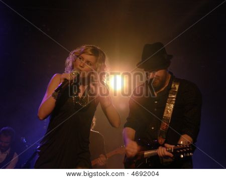 Sugarland In Concert