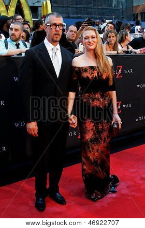 NEW YORK-JUNE 17: Actress Mireille Enos and Alan Ruck (L) attend the premiere of