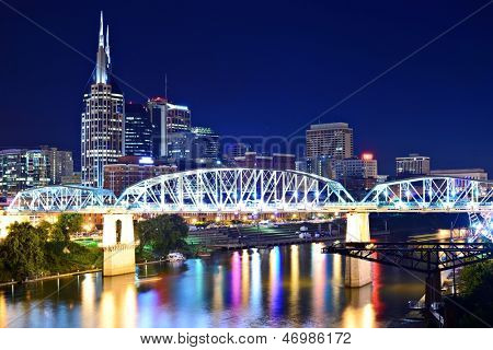 Skyline of downtown Nashville, Tennessee, USA.