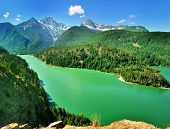 Постер, плакат: The Diablo Lake view