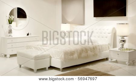 white dreamy bedroom