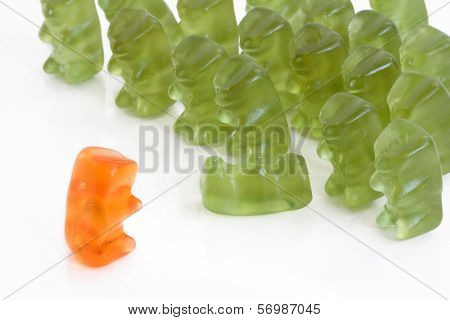Gummy bears - a rebel in the army against dictator