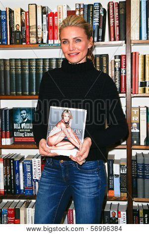 HUNTINGTON, NY-JAN 13: Cameron Diaz signs 'The Body Book: The Law of Hunger, the Science of Strength and Other Ways to Love Your Amazing Body' at The Book Revue on January 13, 2014 in Huntington, NY.