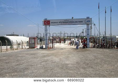 People Enter The Akcakale Syrian  Refugee Camp
