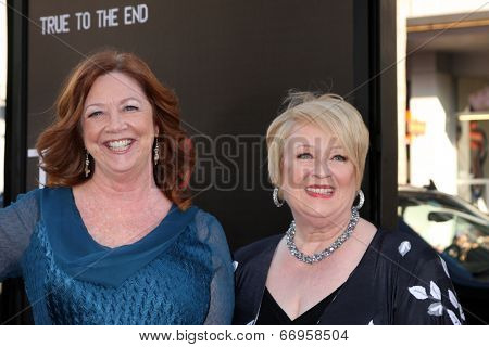 LOS ANGELES - JUN 17:  Patricia Bethune, Dale Raoul at the HBO's