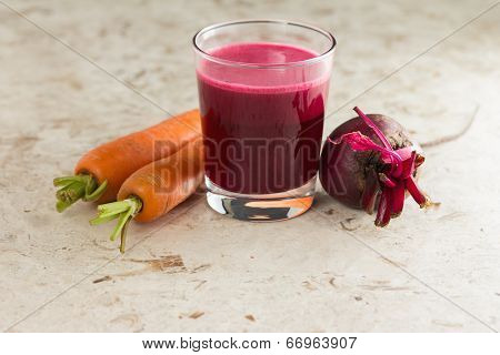 Beetroot, carrot and fresh homemade beetroot juice