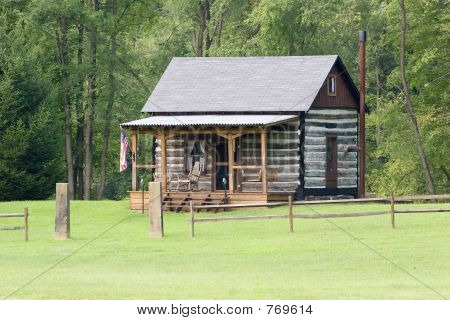 Little Log Cabin