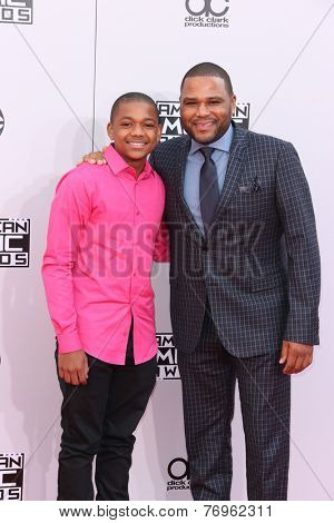 LOS ANGELES - NOV 23:  Nathan Anderson, Anthony Anderson at the 2014 American Music Awards - Arrivals at the Nokia Theater on November 23, 2014 in Los Angeles, CA