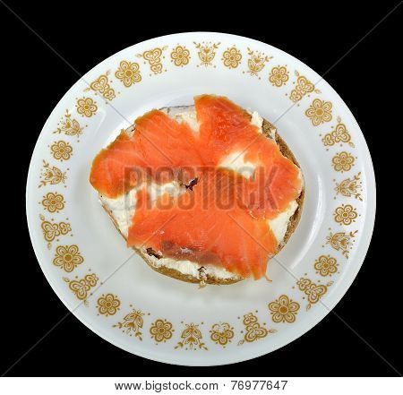 Bagel With Cream Cheese And Lox