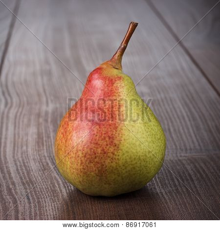 fresh pear on the wooden table
