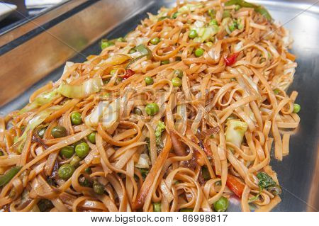 Vegetable Chow Mein Meal At A Buffet