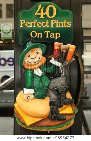 Vintage sign outside traditional Irish pub in New York