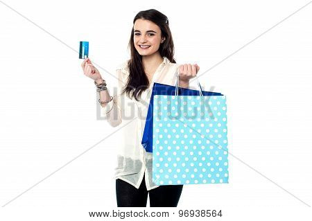 Credit Card, Shopping Made Easy !