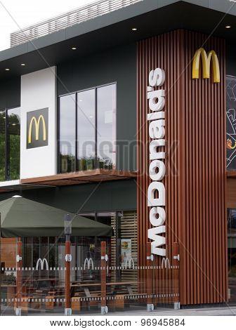 Mcdonald Restuarant