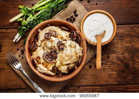 traditional ukrainian food - dumplings varenik