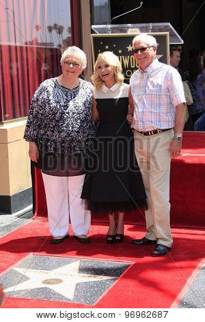 LOS ANGELES - JUL 24:  Kristin Chenoweth, parents at the Kristin Chenoweth Hollywood Walk of Fame Star Ceremony at the Hollywood Blvd on July 24, 2015 in Los Angeles, CA