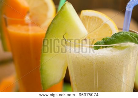 Cantaloupe smoothie or milkshake