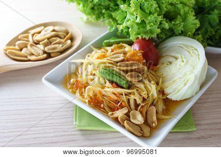 Som Tum Is Papaya Salad Served With Vegetable