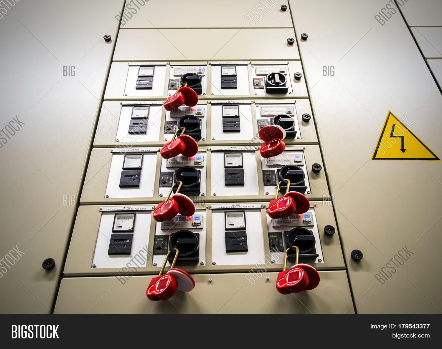 Famous 7 Way Guitar Switch Tall Bbbind Catalog Rectangular 5 Way Import Switch Wiring Jbs Technologies Remote Starter Old Ibanez Bass Pickups YellowIbanez Srx Bass Electrical Breaker Box Locked Out Image \u0026 Photo | Bigstock