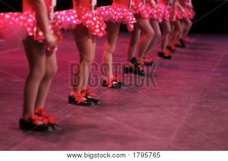 Tanzen auf der Bühne - deine Sachen stolzieren