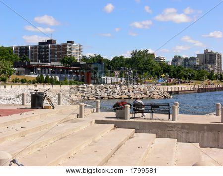 Promenade On The Lakeshore  70651