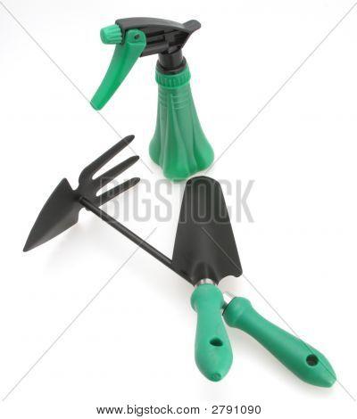Trowel Cutivator And Sprayer