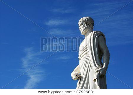 Estátua de Aristóteles