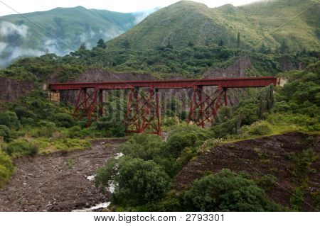 Tren A Las Nubes Railway Bridge
