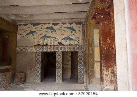 Knossos, Dolphins Frescos