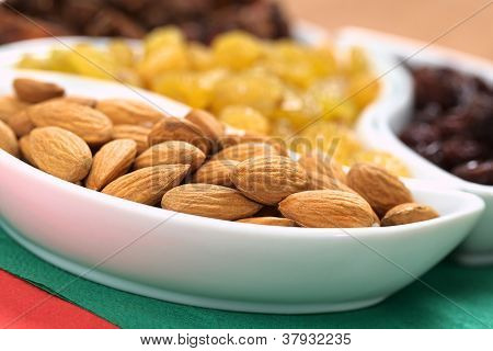Almonds, Sultanas, Raisins