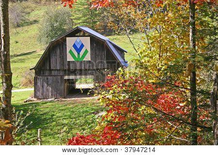 Quilt Barn in Autumn