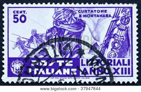 Postage stamp Italy 1935 Standard Bearer, Bayonet Attack