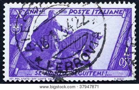 Postage stamp Italy 1932 Mussolini Statue,Bologna