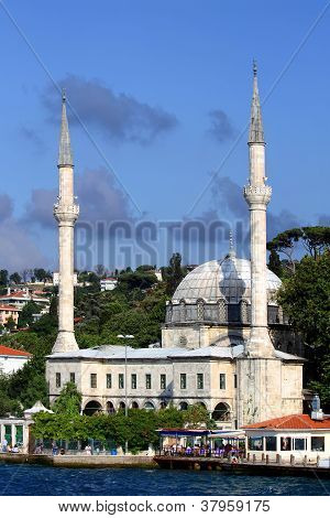 White Mosque of Bosporus