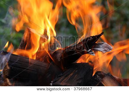Conflagrant fire