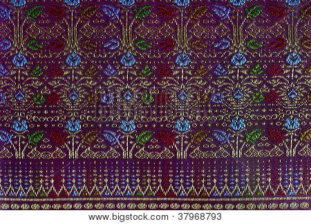 Tecido de seda rosa com linha Thai