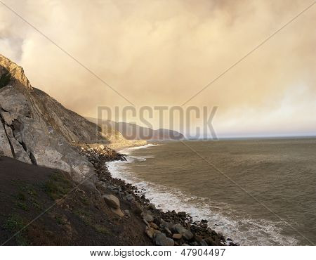 Smoke over PCH-1, Ventura, CA